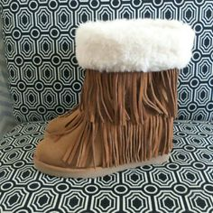 NWT Madden Girl fringe boots Super adorable and unique. Genuine suede fringe, microfiber boot. Madden Girl Shoes Winter & Rain Boots