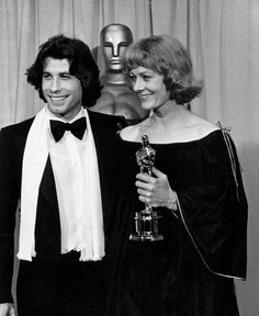 """Vanessa Redgrave - Best Supporting Actress Oscar for """"Julia"""" (1977) with John Travolta"""