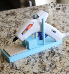 Homemade Hot Glue Gun Stand Project – AWESOME