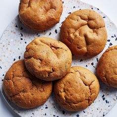 This recipe for sweet potato and molasses cookies is the perfect snack for your kids, or a nutrient-rich on-the-go breakfast! They are easy to make and freezable! Smart Cookies Recipe, Cookie Recipes, Snack Recipes, Dessert Recipes, Snacks, Sweet Potato Cookies, Lemon Cookies, Sweet Potato Recipes, Molasses Cookies
