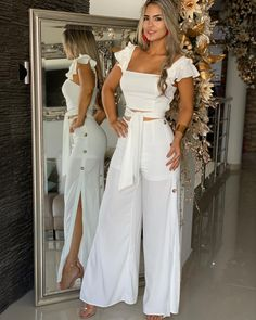 Cute white two piece casual outfit. Casual Wear, Casual Outfits, Fashion Outfits, Womens Fashion, Casual Pants, Elegantes Outfit Frau, Mein Style, African Fashion Dresses, White Outfits