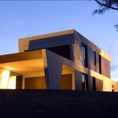 Casa modular de A-cero, nadie lo diria.. Espectacular!