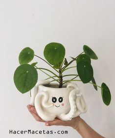 Diy And Crafts, Arts And Crafts, Keramik Design, Clay Art Projects, Pottery Art, Pottery Clay, Slab Pottery, Pottery Studio, Diy Clay