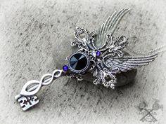 Dark Queen Fantasy Key Necklace / Key to my by ArtbyStarlaMoore
