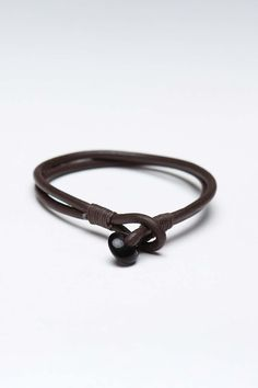 AMIGAZ ANTIQUE LEATHER CORD BRACELET