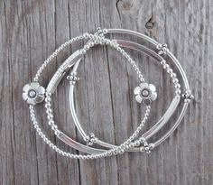 Trio Of Flower Sterling Silver Stretch Bracelets Le14 1 From 70 New A