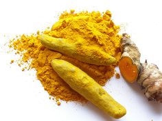 Whole dried turmeric, powdered turmeric and fresh turmeric.    Turmeric is one of my favourite spices and is the one responsible for giving curries their wonderful yellow hue. In more recent years, turmeric has gained a lot of popularity from the healt http://biocurmin.blogspot.com/
