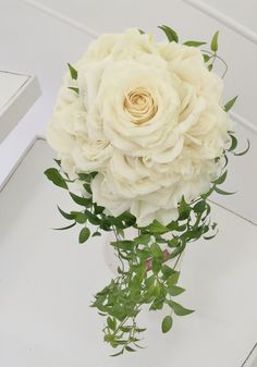 #novarese#vressetrose#wedding #white #round #bouquet #clutchbouquet #natural#flower #bridal #ノバレーゼ#ブレスエットロゼ #セトレマリーナびわ湖#ウエディング# ホワイト#グリーン#シンプル # ブーケ# ナチュラル#小花#バラ#ナチュラル#ブライダル#結婚式#メリアブーケ