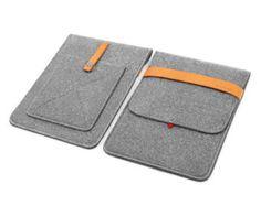Notre prix ne comprend pas les taxes. cet emballage est: 1 sac de mini x iPad. Description : Lla simple mais pourtant moderne manches en 100 % laine naturelle ressenti qui est 3-4mm dépaisseur. Il fournit la protection parfaite contre la poussière, des rayures et des chocs légers. Équipé dune courroie élastique pour empêcher votre iPad mini de glisser dehors. La laine est un matériau 100 % naturel qui verse leau et peut protéger votre matériel comme peu dautres matériaux. Cest un matériau…