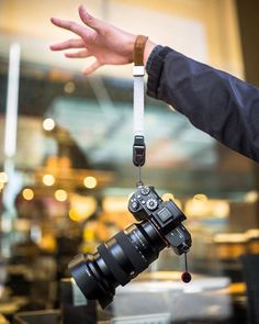 Hold on lil buddy Sony G-Master Lens Passion Photography, Photography Camera, Photography Tips, Sony Camera, Camera Gear, Digital Camera, Best Film Cameras, Dslr Or Mirrorless, Photography Accessories