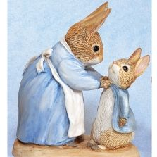Beatrixpotter Mrs. Rabbit and Peter minyatüre figurine