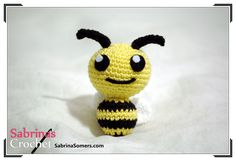 Amigurumi Little Bee - Free English,Dutch,German and Spanish Pattern here: http://www.sabrinasomers.com/free-crochet-pattern-little-bee.php