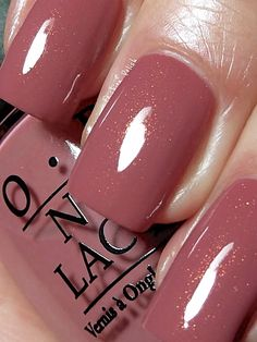 opi nail polish OPI Gouda Gouda Two Shoes, antique rosy brown or browny rose with, a pink/green/gold shimmer. Cute Nails, Pretty Nails, Opi Nails, Opi Nail Polish Colors, Opi Polish, Fall Nail Polish, Fall Nail Colors, Nail Polishes, Opi Pink Nail Polish