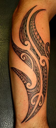 Tattoo on Man Calf Side style Maori Polyfusion by Alexandre Mahuru - maori tattoos