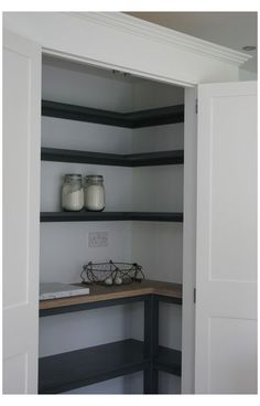 Layout Design, Küchen Design, Home Design, Design Ideas, Design Styles, Interior Design, Design Inspiration, Kitchen Pantry Design, Kitchen Pantry Cabinets