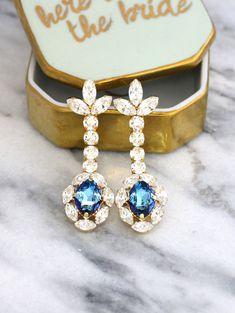 Aquamarine Earrings Cornflower Chandelier Earrings by iloniti Aquamarine Earrings, Blue Earrings, Crystal Earrings, Bridesmaid Earrings, Wedding Earrings, Stylish Jewelry, Chandelier Earrings, Stones And Crystals, Bridal Jewelry