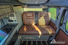 Chestnut Brown VW Campervan - interior Seating from Autohaus Campervan Conversions Layout, Camper Conversion, Bus Interior, Campervan Interior, Interior Ideas, Mini Camper, Vw Camper, Vw Motorhome, Brown Roofs