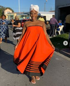 LOVELY XHOSA DRESSES not only are beautiful but believed to boost a ladies confidence an event, IT can make a lady feel glamorous Latest African Fashion Dresses, African Dresses For Women, African Print Dresses, African Prints, African Men, African Style, African Wedding Attire, African Attire, African Outfits