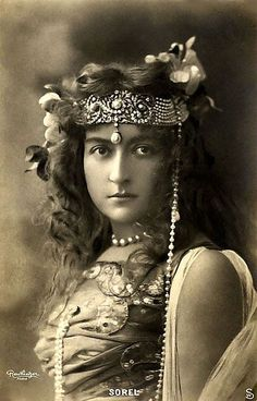 Cécile Sorel, Belle Époque French Theatre Actress Beautiful Portrait with Headdress by Reutlinger, Original Hand Tinted Photo Postcard Images Vintage, Photo Vintage, Vintage Pictures, Vintage Photographs, French Vintage, Bohemian Pictures, Vintage Woman, Bohemian Gypsy, Gypsy Style