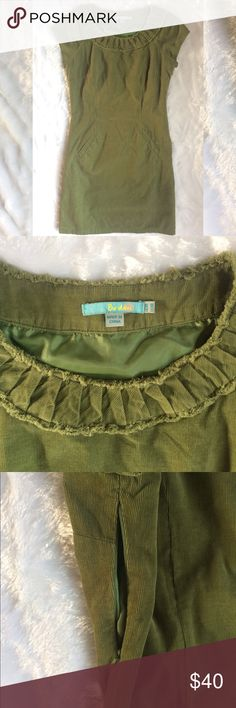 Boden Green Corduroy Dress Fully lined, green Corduroy dress from Boden. It has pockets and a side zipper. Gathers at the neck. In good used condition. Make me an offer. Discount on bundles of two or more. Boden Dresses Mini