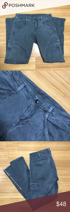 J Brand Houlihan Skinny Jeans GUC - skinny cargo jean - vintage ink color - size 27 Brand's 'Houlihan' pants are made from stretch-cotton twill in a cool vintage ink tone and have cargo-inspired flap pockets that sit flatteringly on the thigh. Cropped to hit at the perfect point on your ankle, this mid-rise pair has a second-skin feel and moto-style seams at the knees. - slate gray color J Brand Jeans Skinny