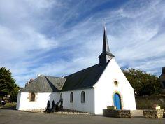 Eglise Saint Pierre à Pénerf Station Balnéaire, Brittany, Mansions, House Styles, Home Decor, Dolphins, Places, Bretagne, Luxury Houses