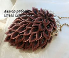 Olga Shumilova is extra talanted russian beadwork artist. She makes amazing and unique beaded accessories and jewelry. Usually in her work s...
