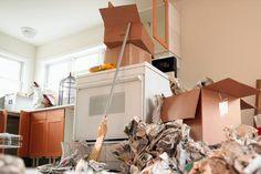 A 10-Step Plan to Declutter Your Kitchen http://www.rodalenews.com/declutter-kitchen?cid=NL_RNDF_2051686_03162015_a_10-step_plan_declutter_your_kitchen