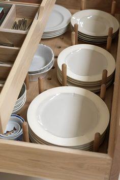 Lower Cabinet Organization Kitchen Drawers New Ideas Dish Storage, Plate Storage, Diy Kitchen Storage, Kitchen Cabinet Organization, Kitchen Drawers, Smart Storage, Storage Cabinets, Organization Ideas, Storage Ideas