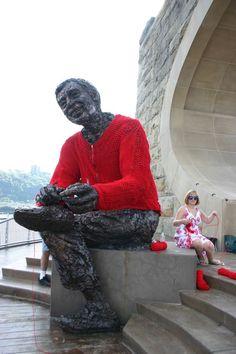 mr rogers statue yarn bomb