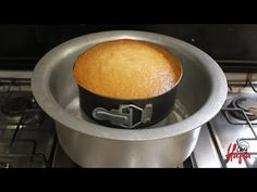 Cake Recipes Without Oven, Cake Recipes At Home, No Oven Recipes, Cooking Recipes, Spicy Recipes, Delicious Recipes, Easy Homemade Desserts, Homemade Cake Recipes, Recipe For Eggless Cake