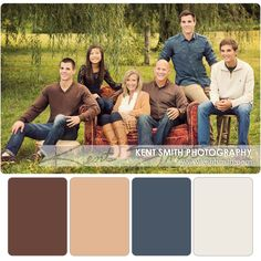 Fall Family Picture Outfits, Family Picture Colors, Family Photos What To Wear, Winter Family Photos, Family Christmas Pictures, Grandparent Photo, Family Photo Sessions, Beautiful Family, Family Portraits