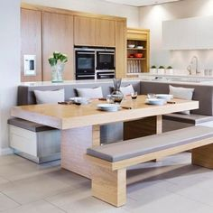 Inspiration Kitchen Island Booth Ideas If you want to renovate your kitchen, there is an assortment of considerations you should make before deciding upon a specific kitchen design. Kitchen Island Bench, Living Room Kitchen, Kitchen Remodel, Kitchen Booths, Booth Seating In Kitchen, Kitchen Island With Seating, Kitchen Seating, Kitchen Island Booth, Kitchen Design