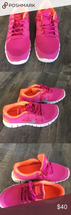 Nike Free 5.0 Only worn once, Nike Free 5.0 Size 6youth, can fit women size 7 Nike Shoes Sneakers