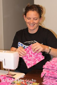 The Crafty Blog Stalker: Minky Rag Quilt how to