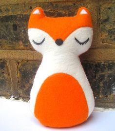 Christmas Fox Woodland Animal Felt Plush Toy - Freddy The Fox - Christmas Gift Fox Crafts, Pumpkin Pictures, Felt Fox, Fox Decor, Christmas Trends, Woodland Decor, Felt Christmas, Felt Animals, Woodland Animals
