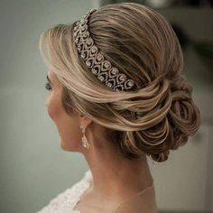 43 Gorgeous Wedding Hairstyles For The Elegant Bride Wedding Tiara Hairstyles, Bridal Hair Updo, Hairdo Wedding, Wedding Hair And Makeup, Bride Hairstyles, Headband Hairstyles, Hair Makeup, Headband Updo, Special Occasion Hairstyles