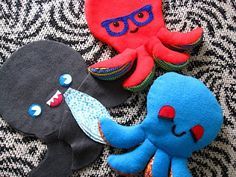Cute Octopus Pattern - adorable plush you can make out of all sorts of fabric!