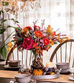 Fall florals meet galvanized decor—a match made in farmhouse heaven!