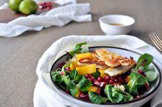 I denne retten finner du baconsurra nakkekoteletter med krydder. Sammen med litt grilla grønnsaker har du et utmerket grillmåltid.