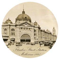 Flinders Street Station paperweight « lucaandeve.com.au