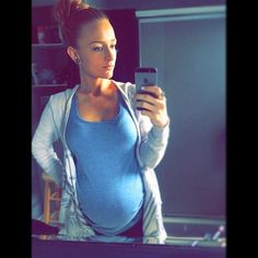 Pregnancy Images, Second Pregnancy, Pregnancy Advice, Second Baby, Second Child, Maci Bookout Pregnant, Maci Teen Mom, Baby Belly Pictures, Bump Pictures