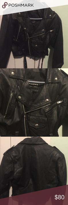 leather motorcycle jacket perfect condition motorcycle jacket slightly cropped Wilsons Leather Jackets & Coats
