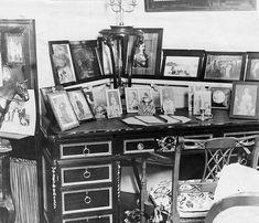 Queen Alexandra's desk