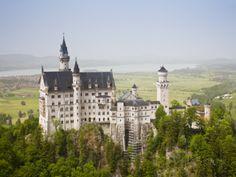 Neuschwanstein Castle, Schwangau, Deutsche Alpenstrasse, Bayern ...