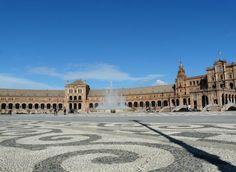 Visiter Séville en 10 coups de coeurs Monuments, Seville Spain, Voyage Europe, Europe Destinations, Blog Voyage, Travel Memories, Coups, Places To Go, Beautiful Places
