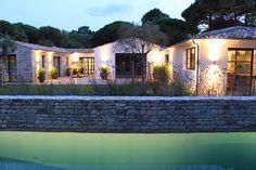 ATELIER D'ARTISTE    MAISON LA COUARDE Archi Design, Architecture, Habitats, Planer, Portugal, House Plans, Construction, House Design, Mansions