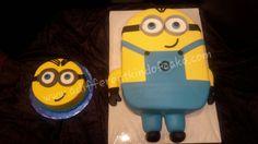 Birthday cake, smash cake, minions, despicable me