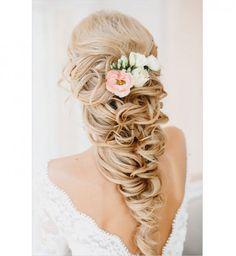 40 idées de coiffures de mariage - Cosmopolitan.fr