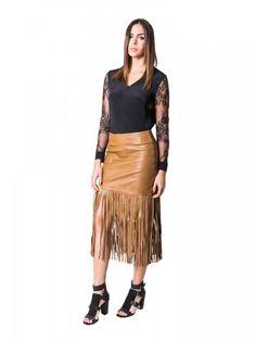NEW! Leather Skirt de #KarinaGrimaldi disponible en www.styleto.co SHOP ONLINE NOW